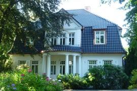 Neues Dach für Stadtvilla